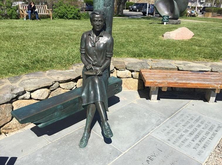 Statue of Rachel Carson
