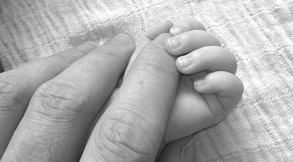 baby_sweet_happy_human_papa_hands_hand_black_and_white