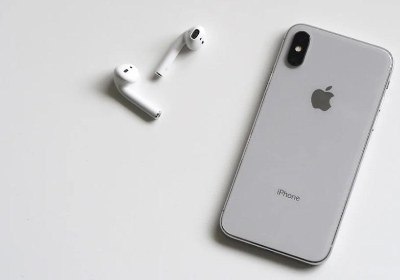 iPhone X leaks