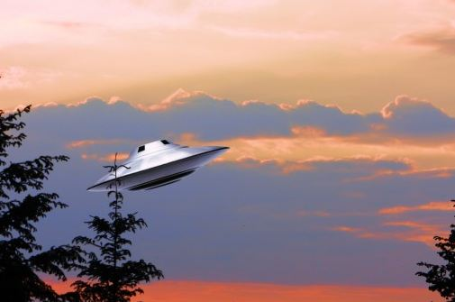 ufo_alien_sky